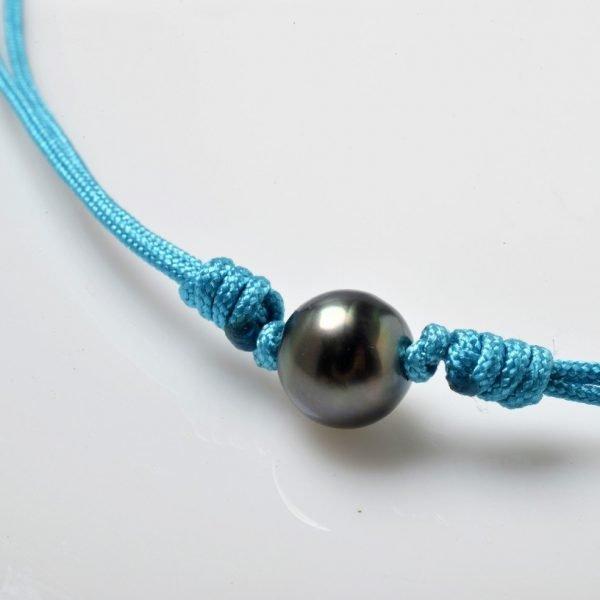 Collier cordon de couleur